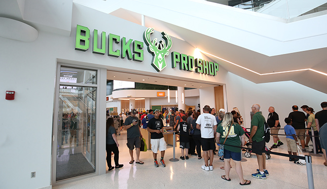 MILWAUKEE, WI - AUGUST 26: Members of the Milwaukee Bucks particpate in the Fiserv Forum Open house on August 26, 2018 in Milwaukee, Wisconsin. NOTE TO USER: User expressly acknowledges and agrees that, by downloading and or using this Photograph, user is consenting to the terms and conditions of the Getty Images License Agreement. Mandatory Copyright Notice: Copyright 2018 NBAE (Photo by Gary Dineen/NBAE via Getty Images)